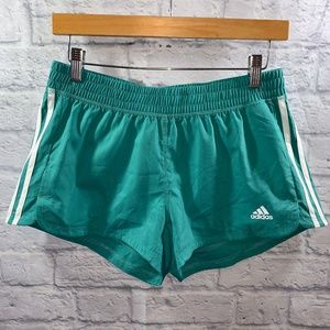 Adidas ClimaLite Workout Shorts • Sz S Teal